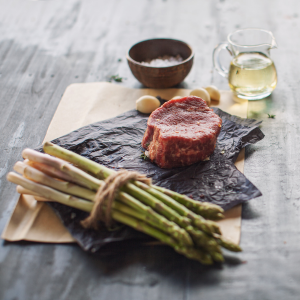 STEAK DINNER FOR 2 BUNDLE (8OZ)